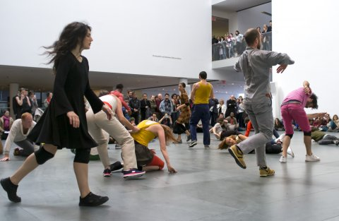 MoMA Threee Collective Gestures - Levée des conflits extended - MoMA New York 2013